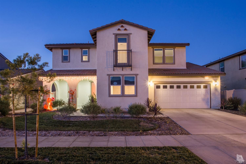 453 Edgewood Dr, Fillmore, CA