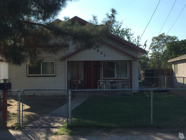 8821 Hudson Pl, Bakersfield, CA