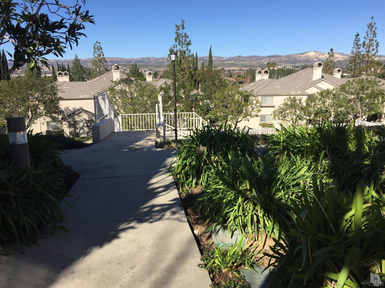 1235 Fitzgerald Rd #APT f, Simi Valley, CA