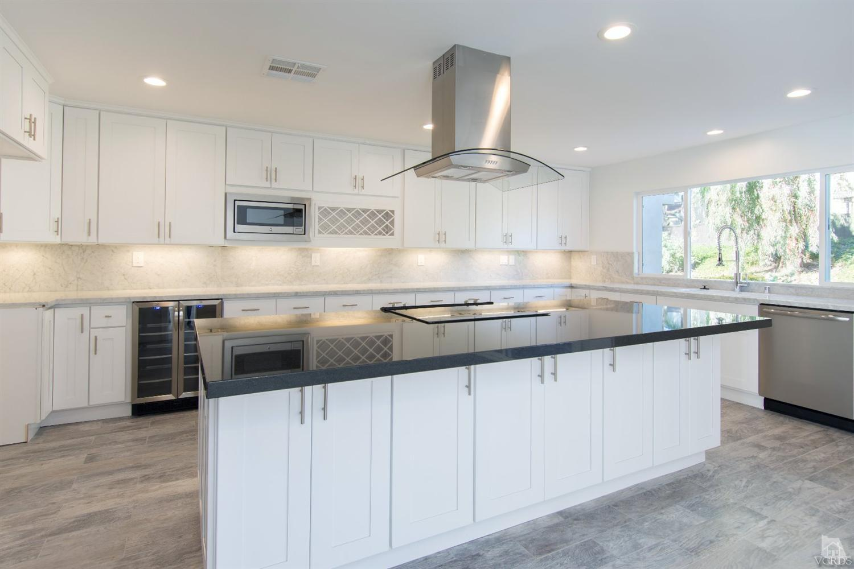32055 Waterside Ln, Westlake Village, CA