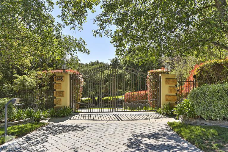1625 Crown Ridge Court, Westlake Village, CA 91362