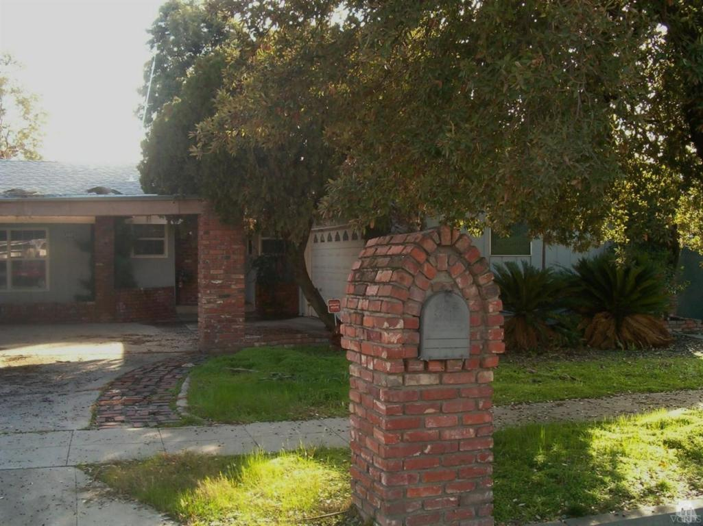 4712 E Normal Avenue, Fresno, CA 93703