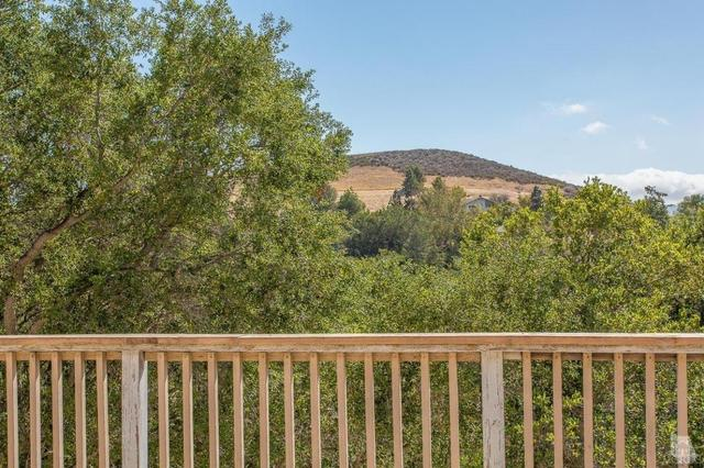 893 Calle Compo, Thousand Oaks, CA 91360