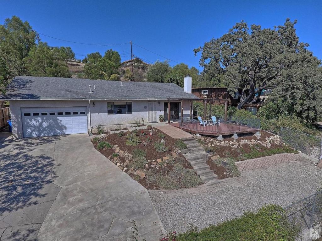 1905 E Hillcrest Dr, Thousand Oaks, CA 91362