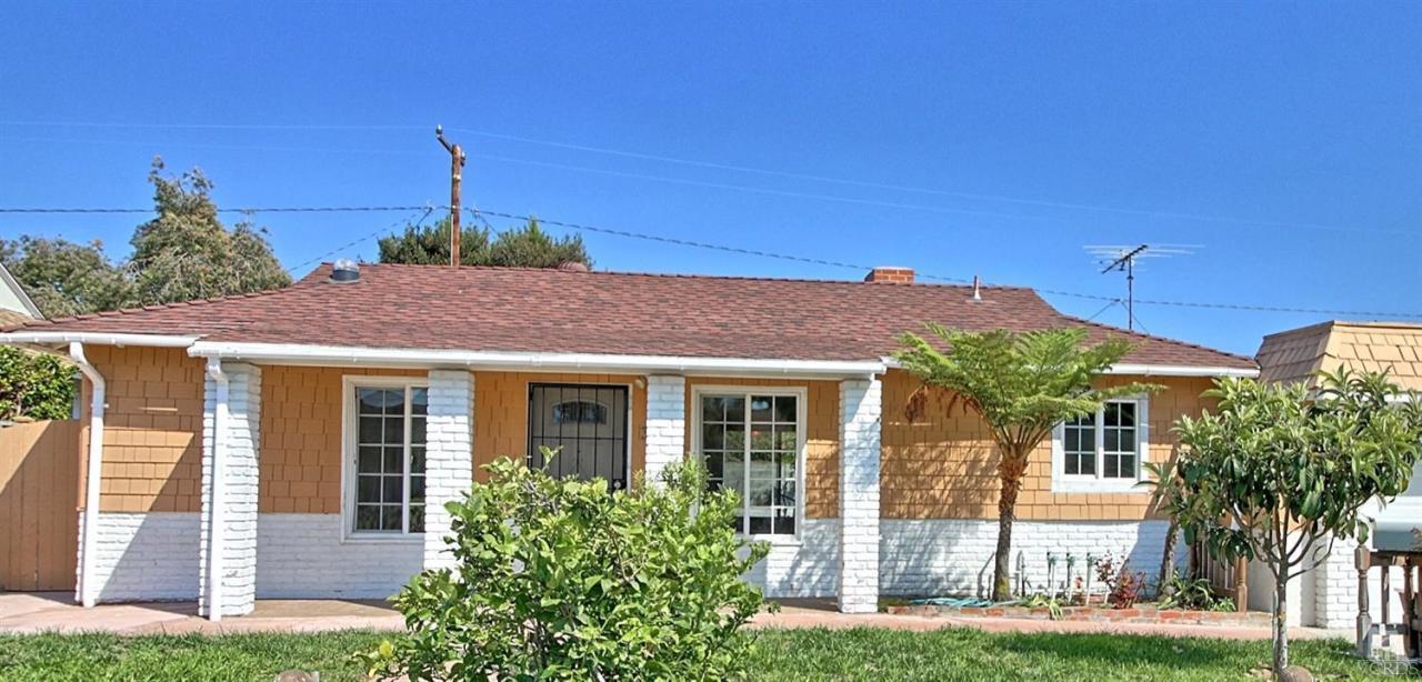 340 Frances St, Ventura, CA 93003