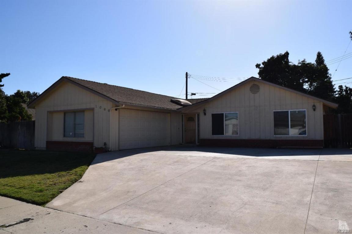 1069 Harris Ave, Camarillo, CA 93010