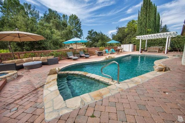 163 Castilian Ave, Thousand Oaks, CA 91320