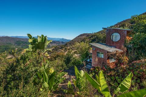 8599 Ocean View Rd, Ventura, CA 93001