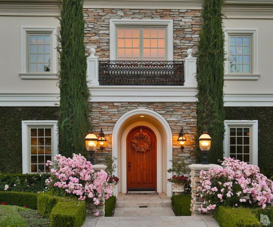 2853 Ladbrook Way, Thousand Oaks, CA 91361