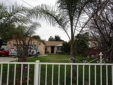 1131 W Phillips Blvd, Pomona, CA 91766