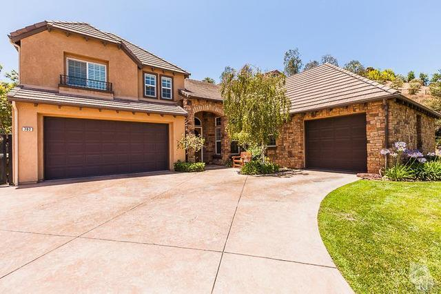 702 Greenbriar Ave, Simi Valley, CA 93065