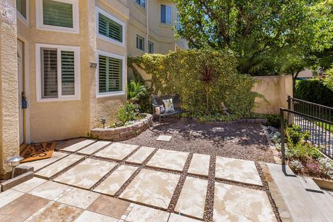 259 N Skyline Dr #11, Thousand Oaks, CA 91362