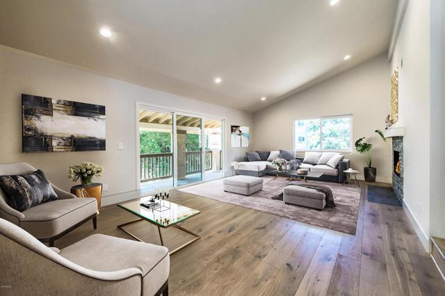 20921 Gorgonia St, Woodland Hills, CA 91364