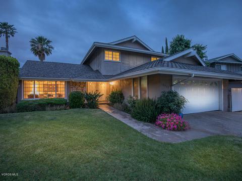 10929 Des Moines Ave, Northridge, CA 91326