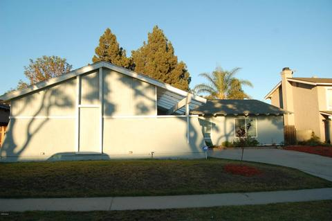2290 Bigelow Ave, Simi Valley, CA 93065