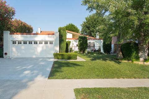 5714 Rainbow Hill Rd, Agoura Hills, CA 91301