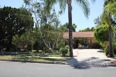 9327 Donna Ave, Northridge, CA 91324