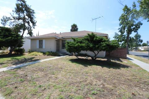 20656 Leadwell St, Winnetka, CA 91306