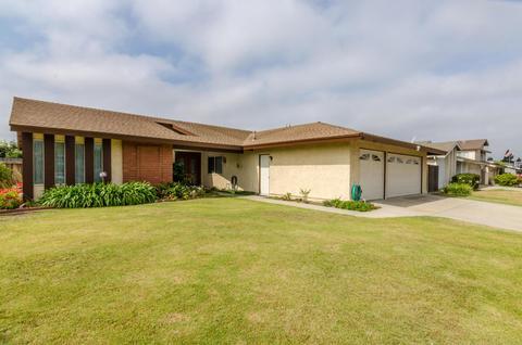 2590 Dunnigan St, Camarillo, CA 93010