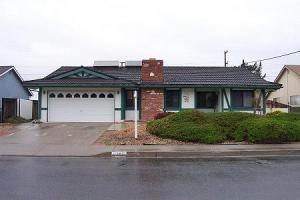 1705 Berkeley Dr, Lompoc, CA 93436