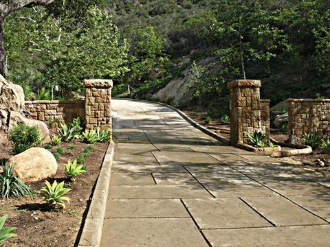 2480 Bella Vista Dr, Montecito, CA 93108