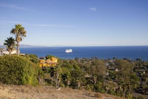 1213 Harbor Hills Dr, Santa Barbara, CA 93109