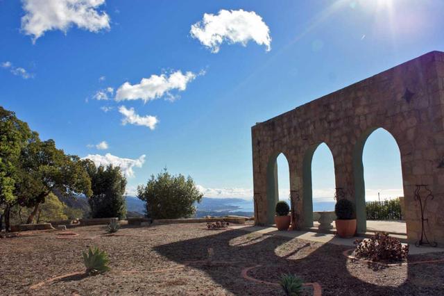 698 E Mountain Dr, Montecito, CA 93108