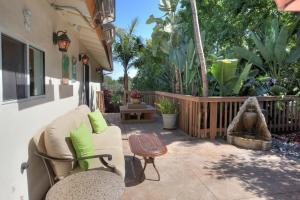 845 Weldon Rd, Santa Barbara, CA 93109