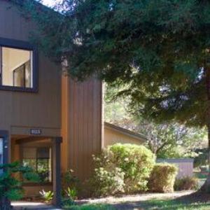 625 Las Perlas Dr, Santa Barbara, CA 93111