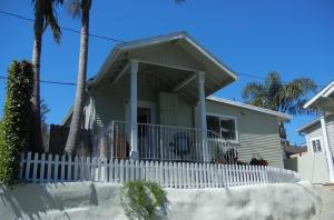 630 W Anapamu Street #2, Santa Barbara, CA 93101