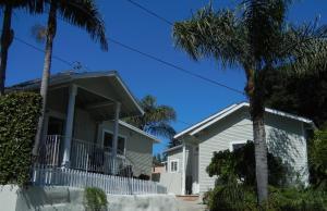 630 W Anapamu St #2, Santa Barbara, CA 93101