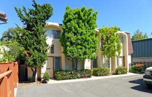 1220 Southwood Dr, San Luis Obispo, CA 93401