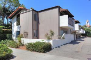 129 E Micheltorena St #2, Santa Barbara, CA 93101