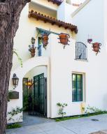 929 Laguna St #A, Santa Barbara, CA 93101