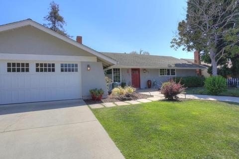5375 Santa Rosa LnCarpinteria, CA 93013