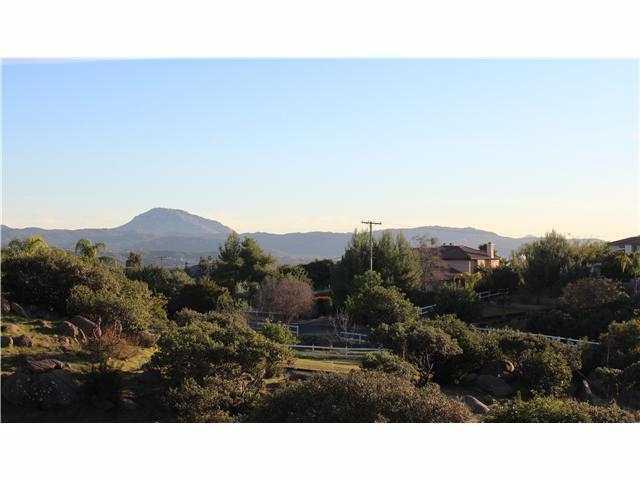 2047 Corte Madeira, Alpine CA 91901