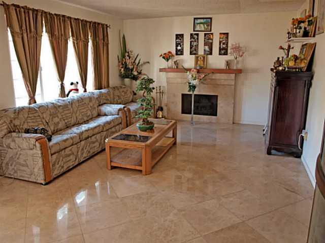 6434 High Knoll Rd, San Diego CA 92111