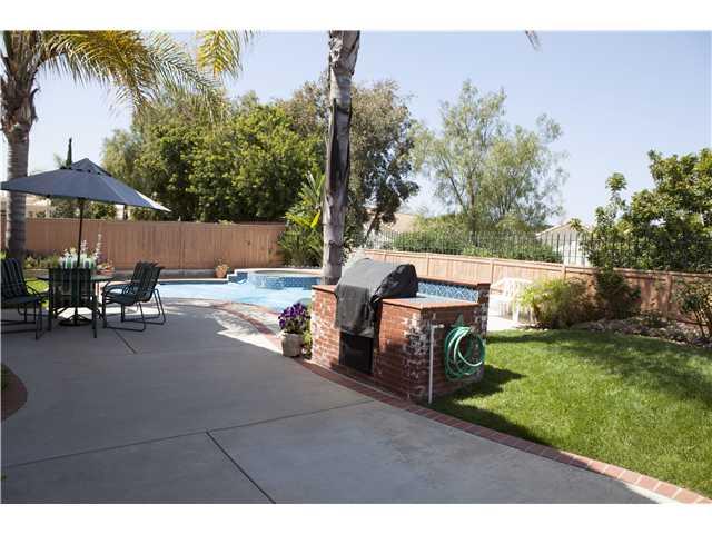 7786 Roan Rd, San Diego CA 92129