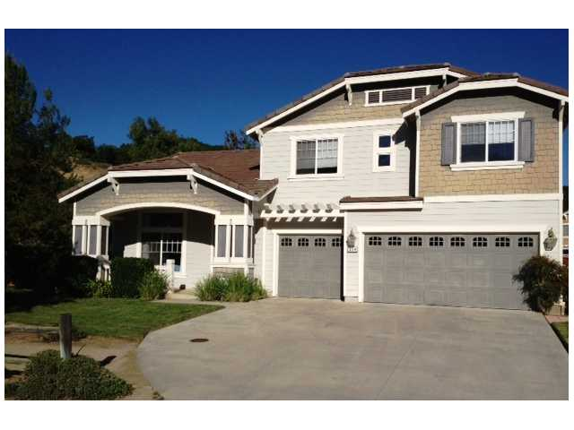 304 Hidden Trails Rd, Escondido CA 92027