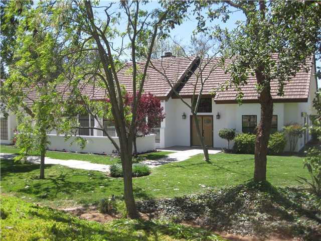14102 Kelowna Ln, Valley Center, CA 92082