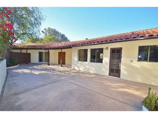 8958 Mount Israel Rd, Escondido CA 92029
