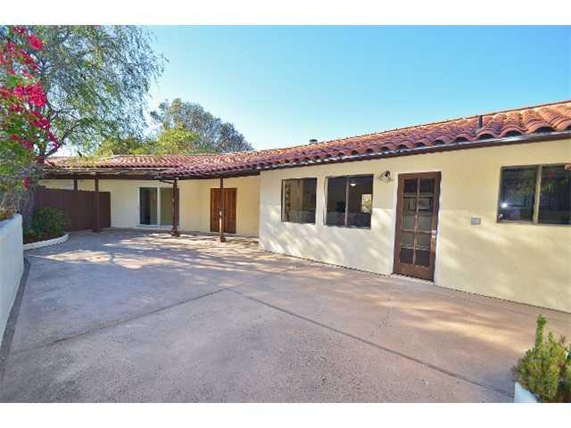 8958 Mount Israel Rd, Escondido, CA