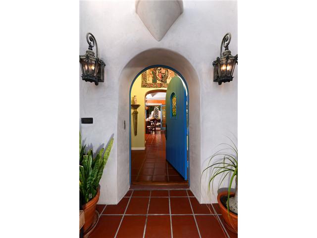 1087 Myrtle Way, San Diego CA 92103