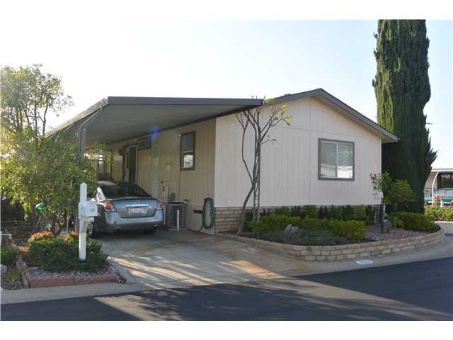 525 W El Norte Pkwy #APT 152, Escondido CA 92026