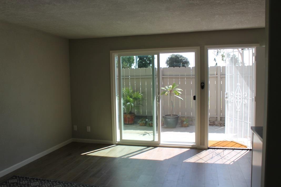 4404 Bond St, San Diego CA 92109