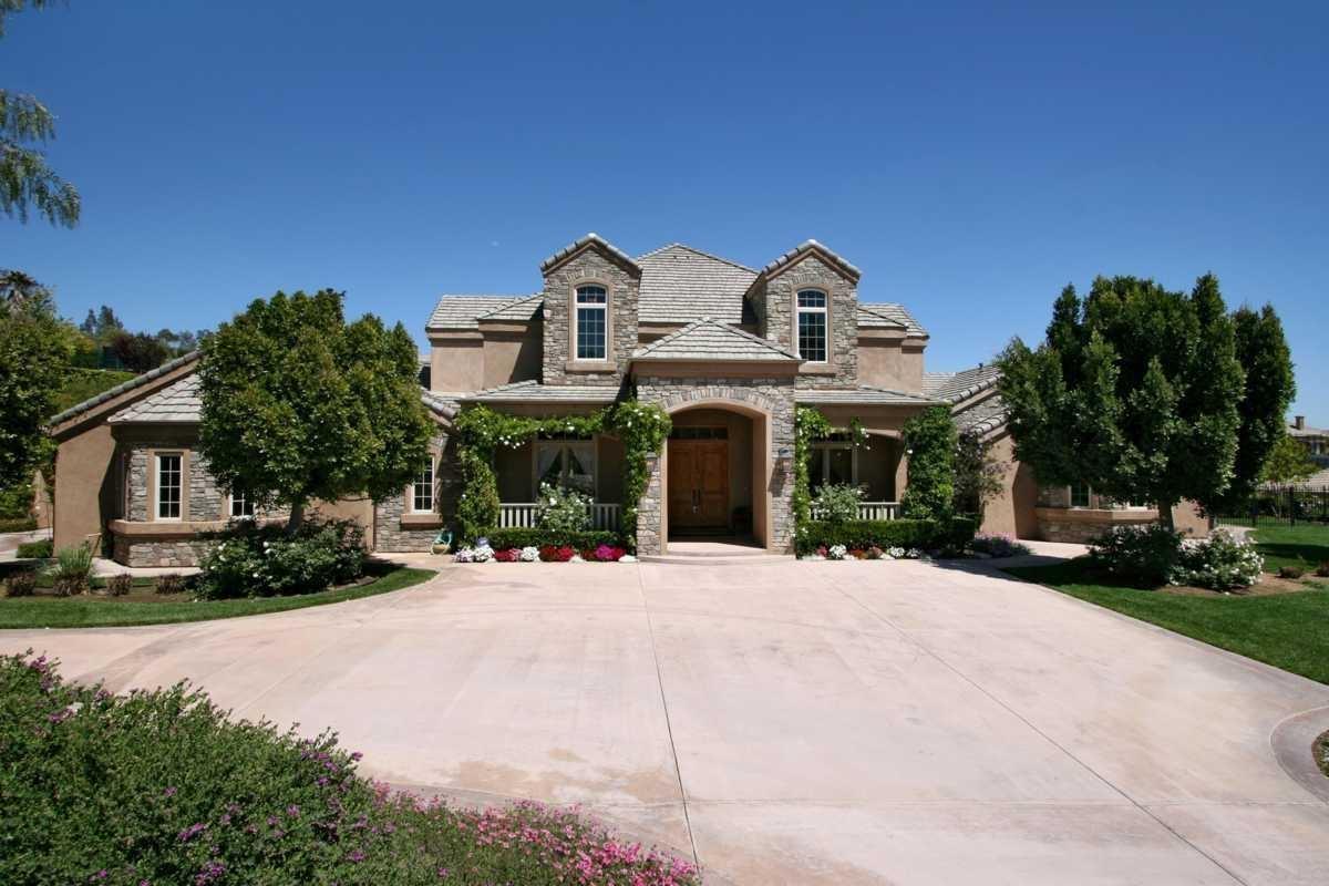 15165 Saddlebrook Ln, Poway, CA