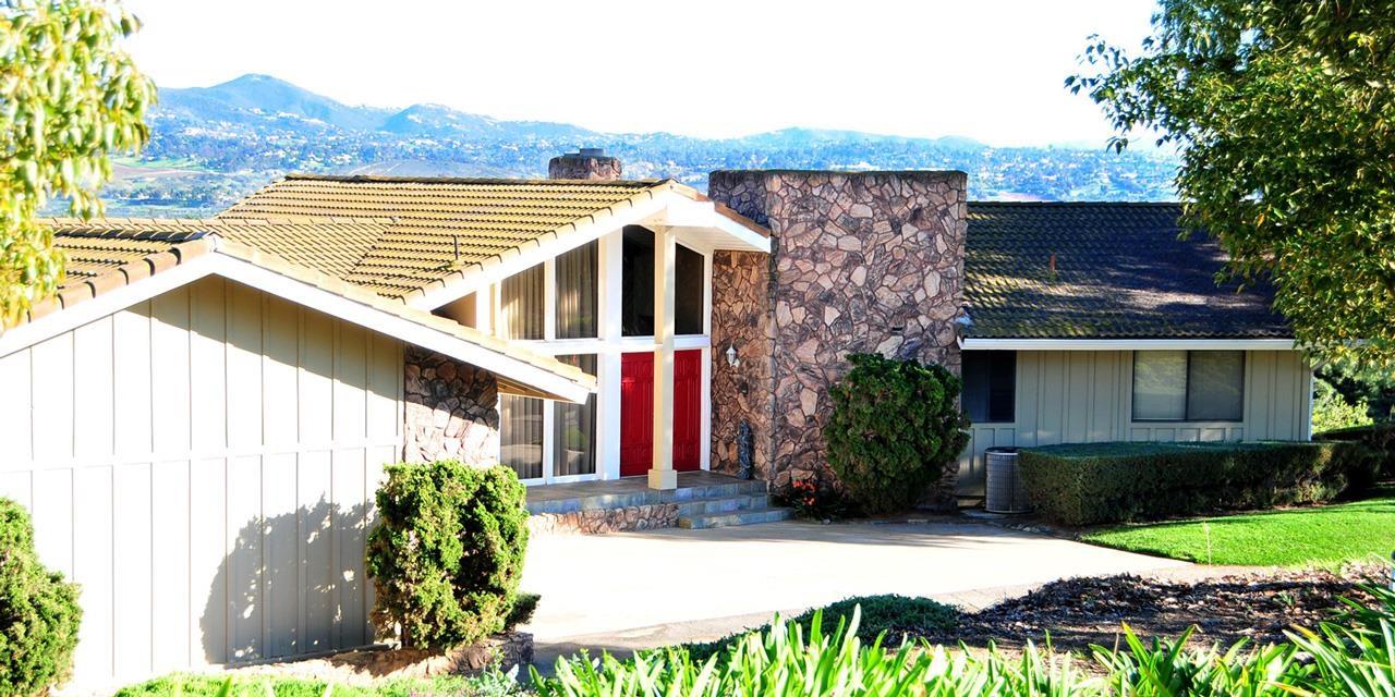402 Wilshire Rd, Oceanside, CA