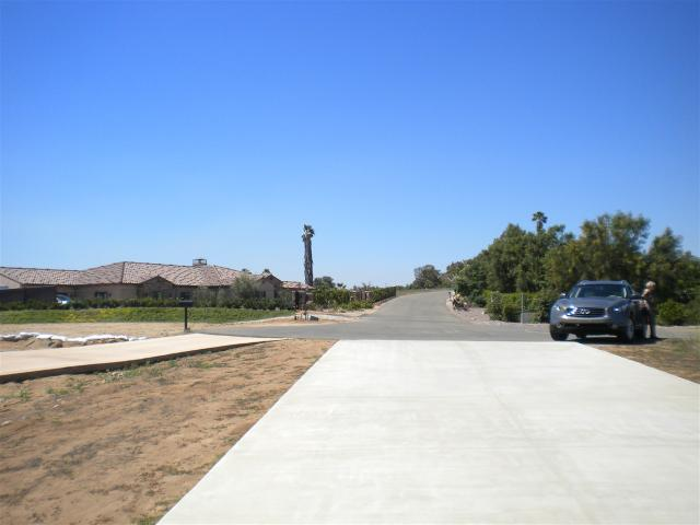 Via Rancheros Way #70, Fallbrook, CA 92028