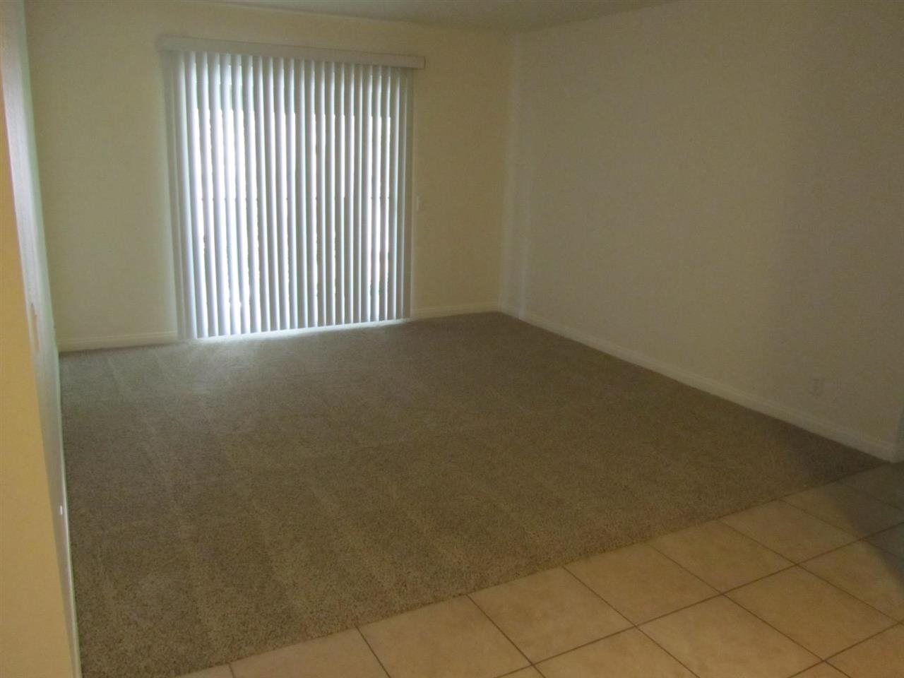 240 W Lincoln #APT 36, Escondido, CA