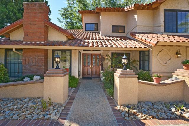 1719 Kings Rd, Vista, CA 92084